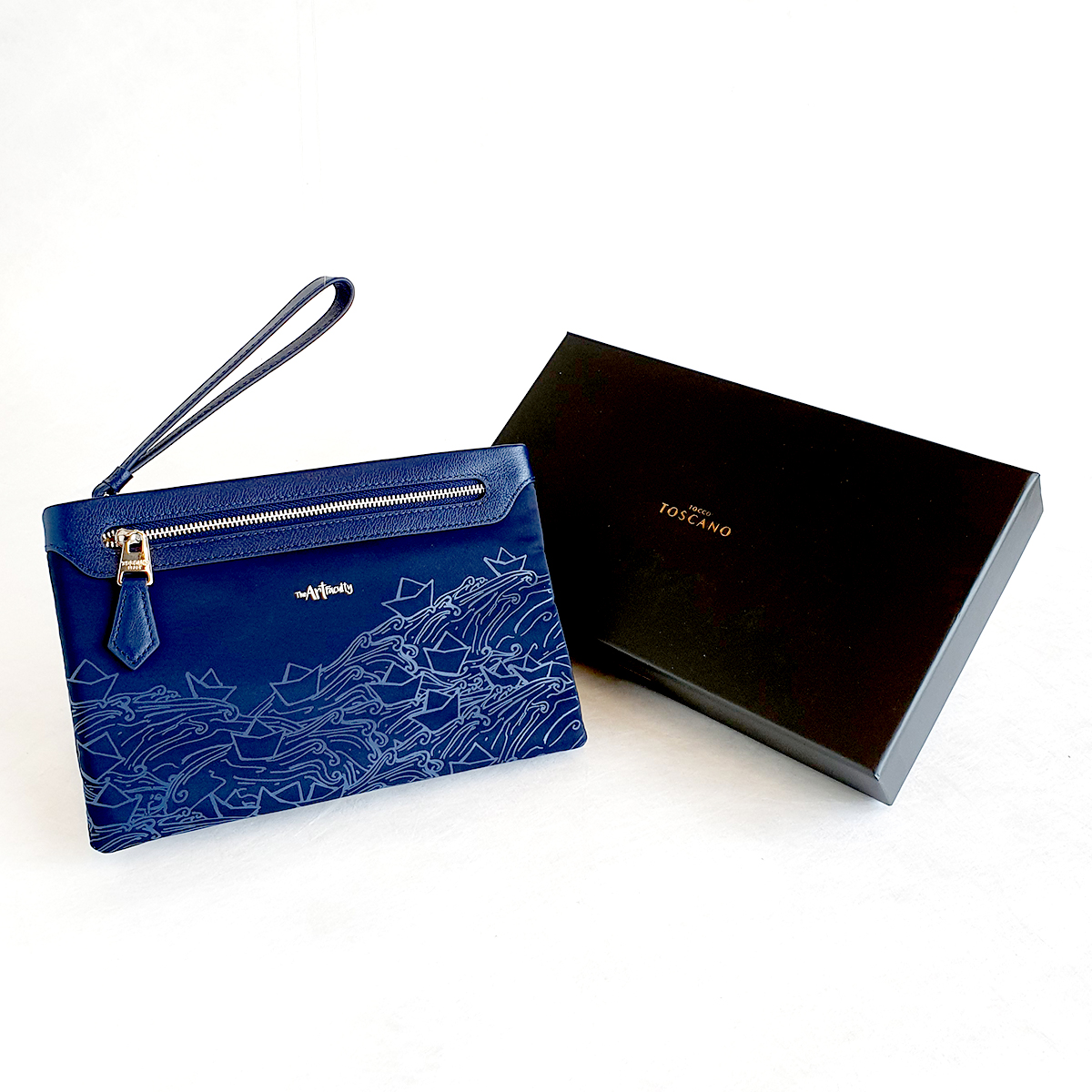 Wristlet Clutch/Crossbody (Navy) - Paper Boats